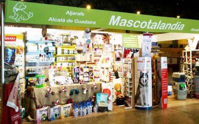 SurMascotas: Diseño de stand y elementos publicitarios para Mascotalandia