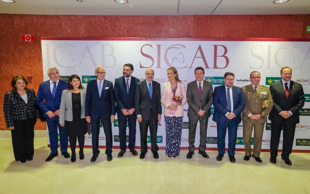 S.A.R Doña Elena de Borbón y el alcalde de Sevilla inauguran la 28ª edición de SICAB